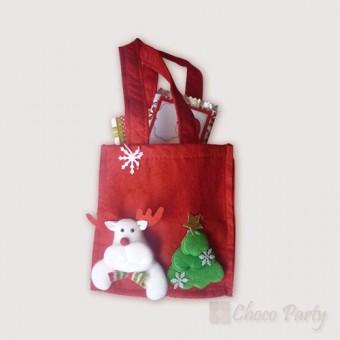 Коледен комплект – Чантичка с шоколадови изкушения – вариант 2