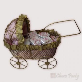 Количка за бебе с мини шоколади – Голяма