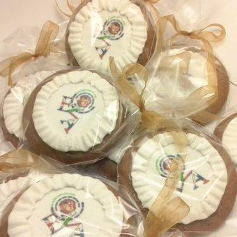 НОВО – Медени бисквити с лого