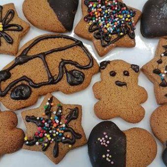 Бисквити меденки за детско парти